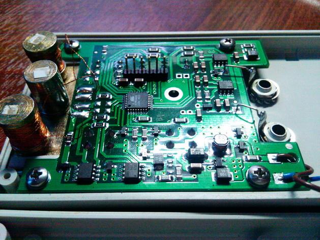 Программатор у меня на чипе FT232RL, собран по схемке: http://phreakerclub.com/563, там все просто.